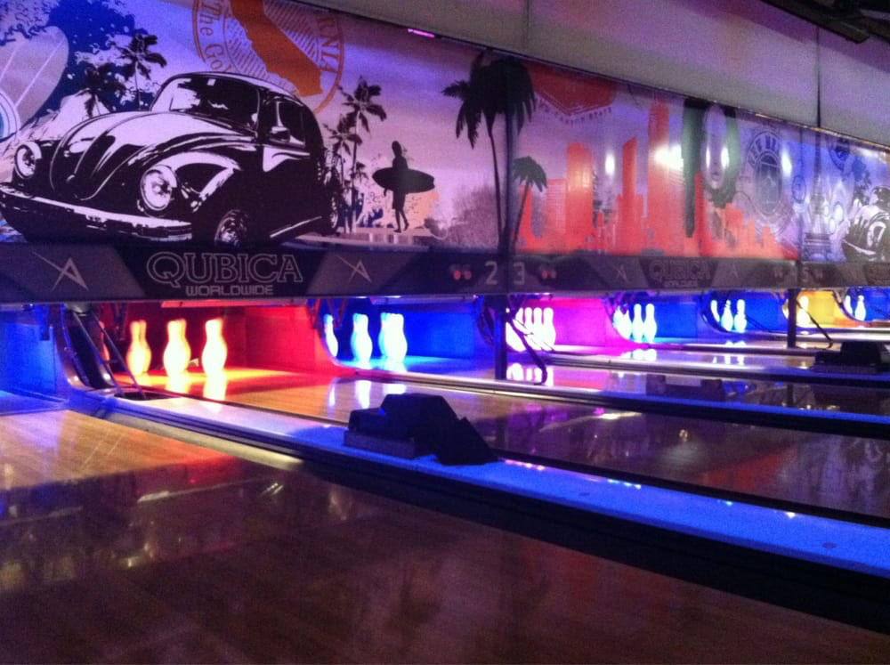 Bowling with your Naples escort
